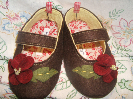 Diddledumpling_shoes1_2